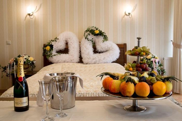 Первая брачная ночь в гостинице