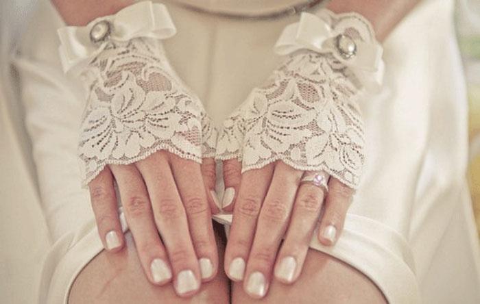 Перчатки для невесты ручной работы