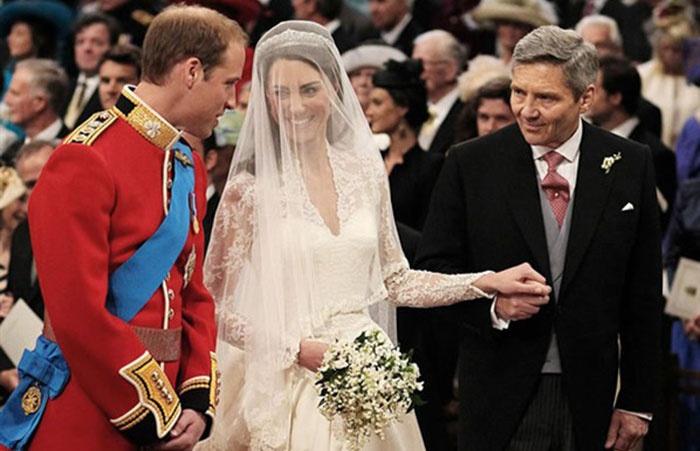 Рукава платья для свадьбы Кейт и Уильяма