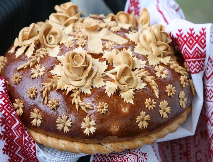 Каравай на свадьбу – русский обычай