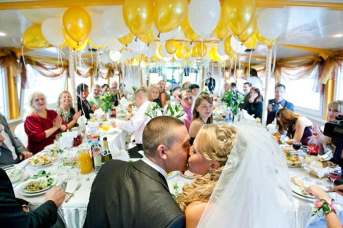 Свадебная традиция: русское застолье