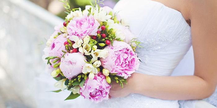 Традиционный свадебный букет