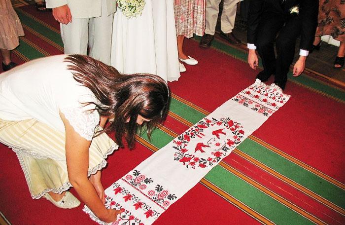 Свадебный обычай на Руси: венчание с рушником