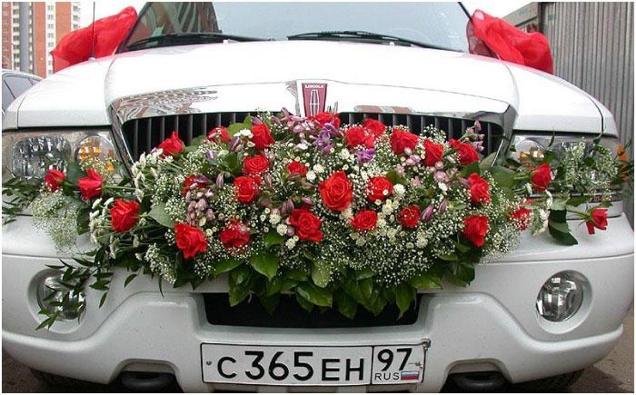Лимузин для свадьбы цвета благородного бордо