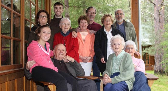 Традиции и обычаи на 70-летие бракосочетания