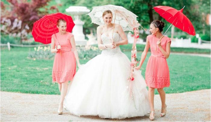 Наряды подружек невесты цвета коралла