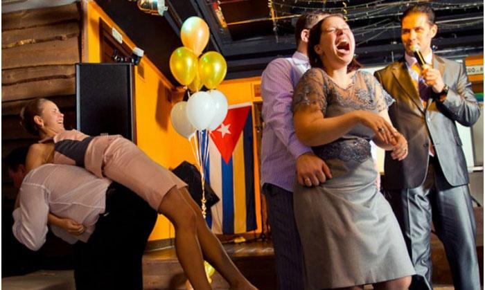 Веселый танцевальный конкурс чугунного юбилея