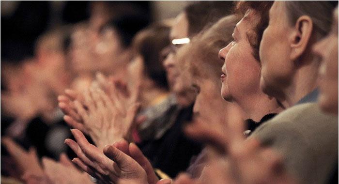 Встреча сапфировых юбиляров аплодисментами