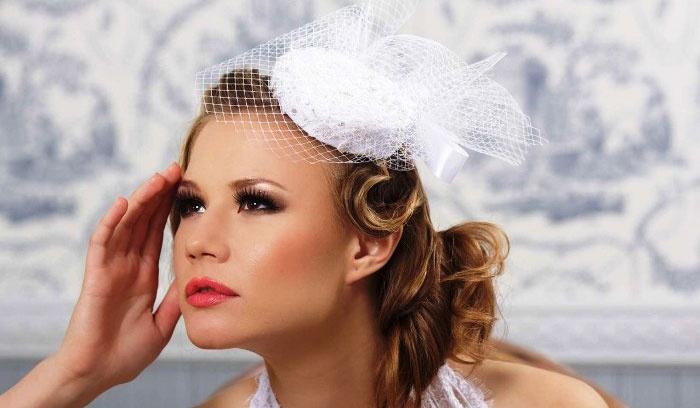 Шляпка-таблетка к свадьбе