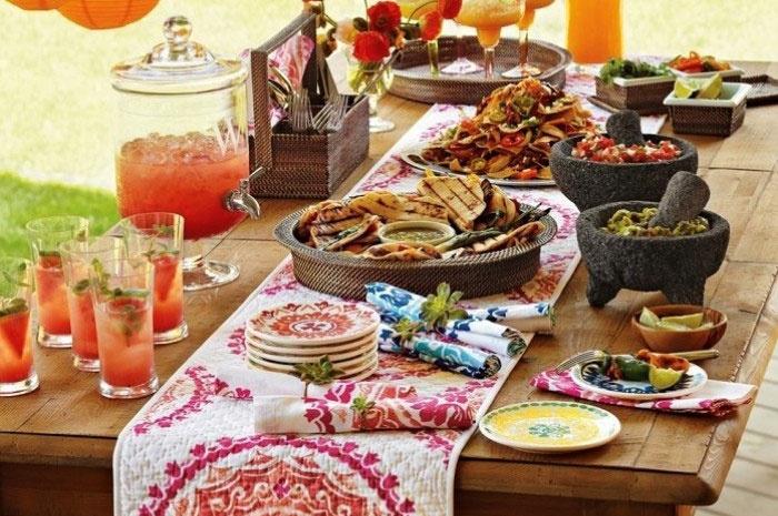 Оформление стола с мексиканской кухней