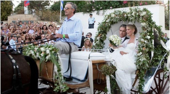 Летнее празднование греческой свадьбы
