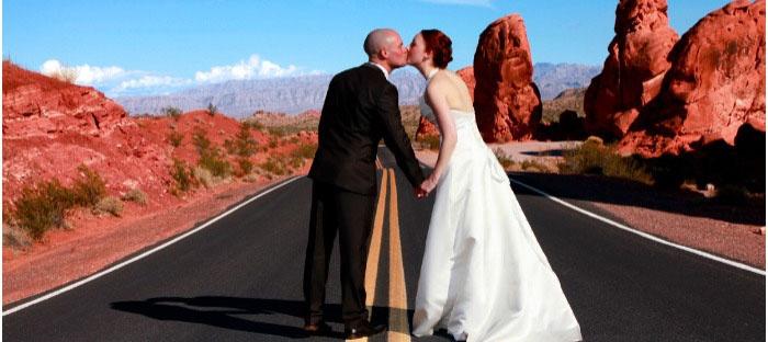 Элегантные наряды супругов на лас-вегасскую свадьбу