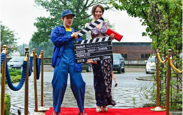 Фотосессия на ковровой дорожке свадьбы-кинопремии