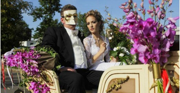 Идеальный транспорт венецианского торжества – карета