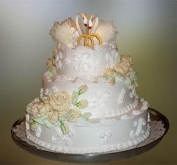 Свадебный торт с заварным кремом