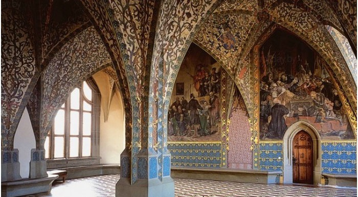 Интерьер средневекового замка для свадьбы