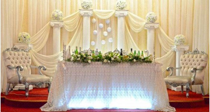 Декор свадебного зала колоннами