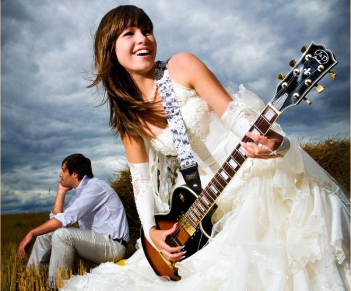 Свадебная фотосессия на тему рок-н-ролла