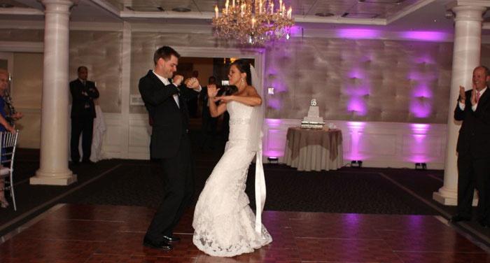 Короткая смешная свадебная постановка танца