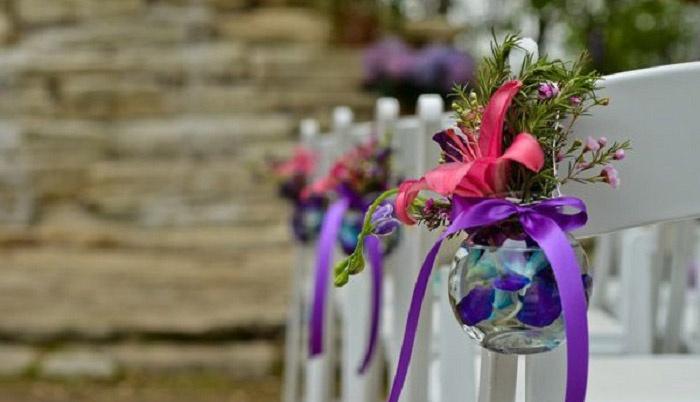 Ваза с цветами – необычно и стильно