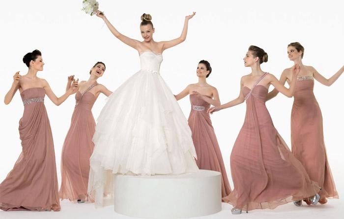 Подруги невесты в элегантных платьях