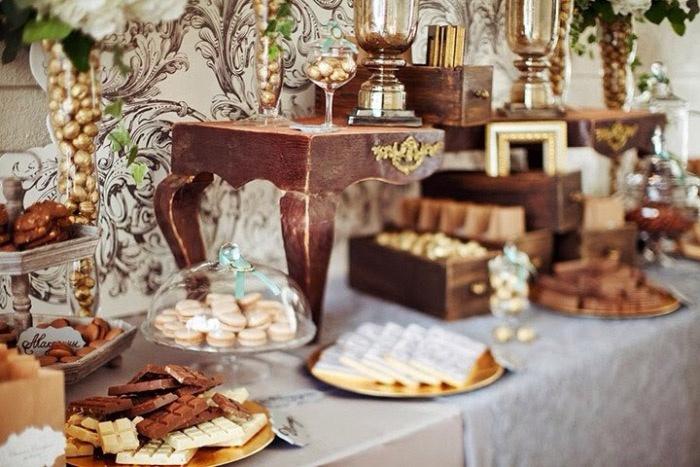 Оформление свадьбы с деревянными элементами