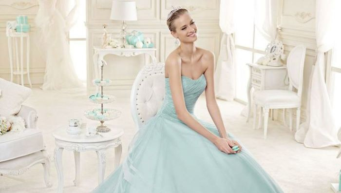 Свадебное платье в модном цвете 2017 года