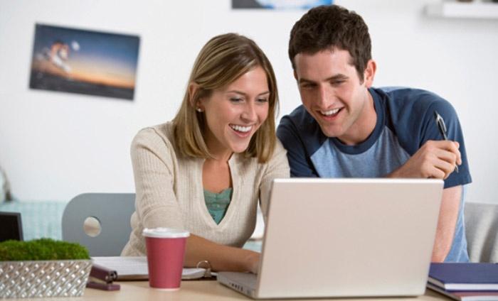 Заполнение онлайн заявки молодоженами