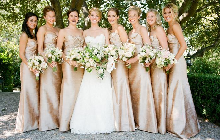 Платья в пол для подружек невесты - как выбрать стильный наряд d8f384edb585f