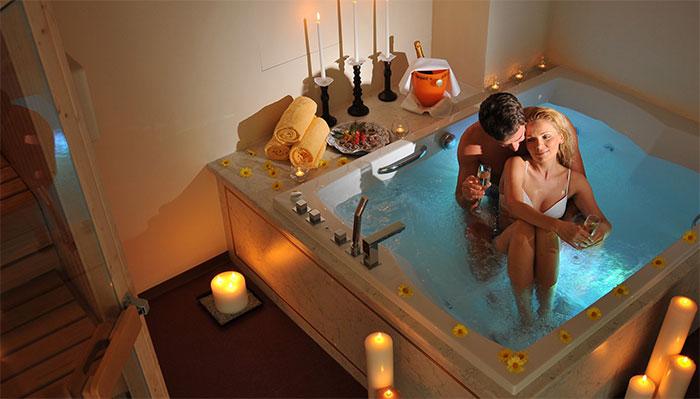 Ароматная ванна для молодоженов