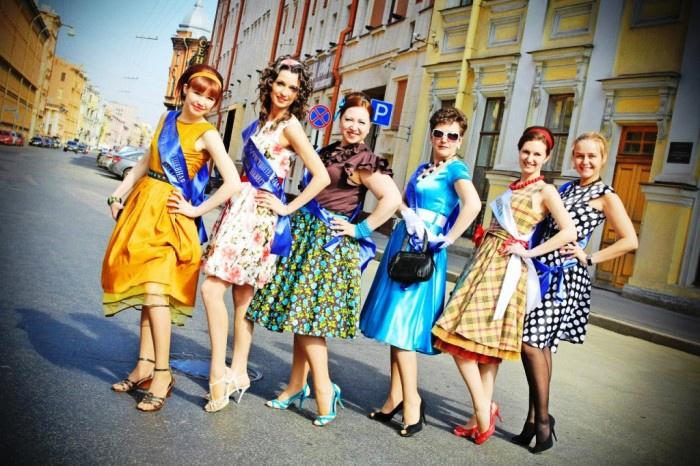 Фото: ретро-костюмы для участниц девичника