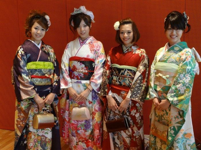 Для японского девичника