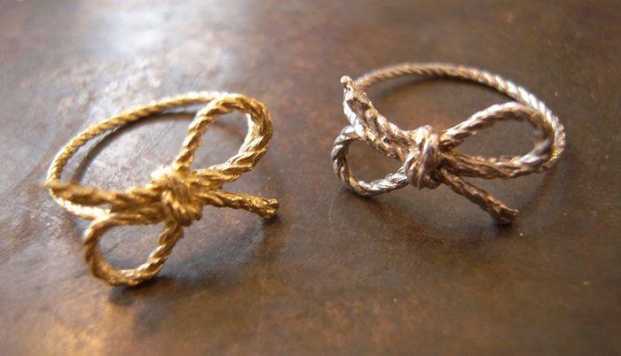 Необычные обручальные кольца для молодоженов с фото b9200ff2e0f