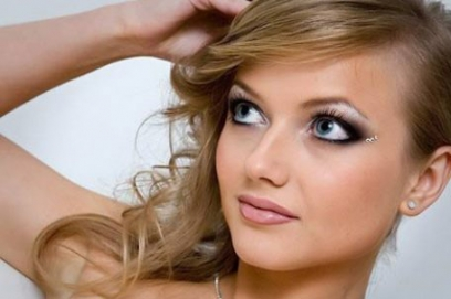 Свадебный макияж для серых глаз – фото