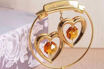 Подарки на золотую свадьбу друзьям