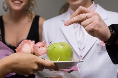Призы для гостей на свадьбе