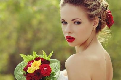 Свадебный макияж с акцентом на губы