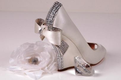 Свадебные туфли на танкетке