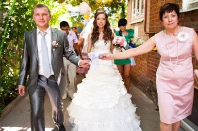 Поздравление на свадьбу дочери и зятю 🥗 от матери, речь, трогательные тосты