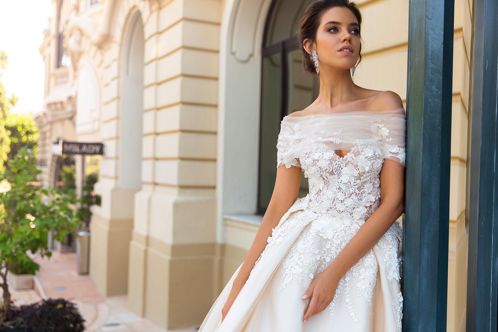 Основные тренды свадебных платьев 2019