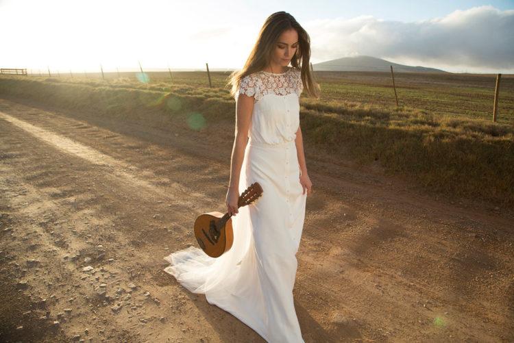Платье на свадьбу рыбка: 100 красивых и стильных фото современных фасонов