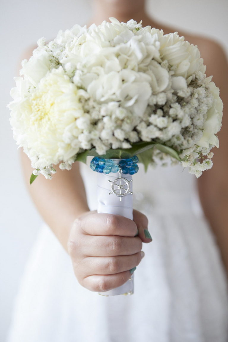 Купить цветы, букет для невесты сделать самой