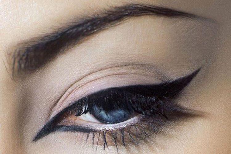 Стрелки на глазах: 100 красивых и стильных фото мейкапа глаз для невесты