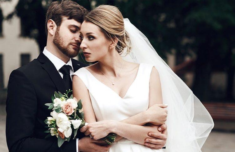 Стиль свадьбы минимализм: пошаговое руководство по оформлению торжества и подбору образов для молодоженов в сдержанном, воздушном и элегантном направлении