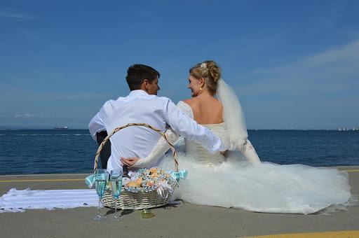 Свадебная фотосессия в Сочи: обзор выигрышных локаций, лучших идей и образов для молодоженов