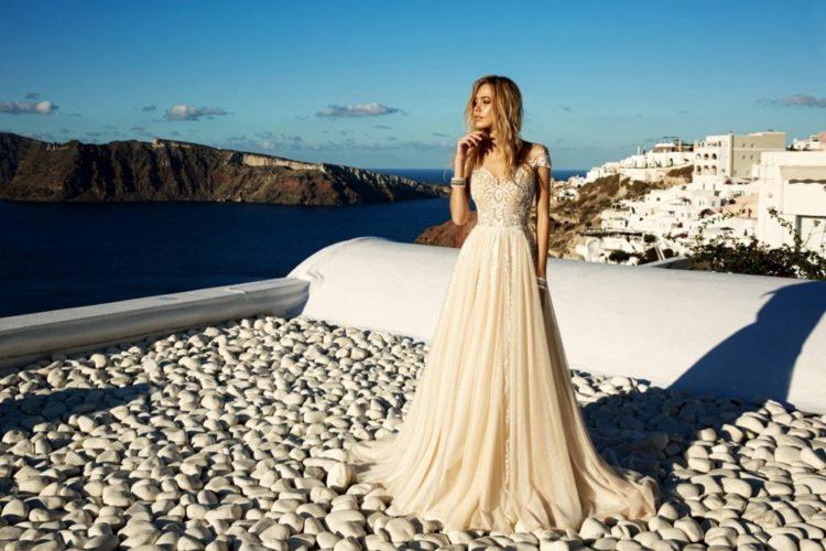 Фотогалерея актуальных платьев для невест в Сочи