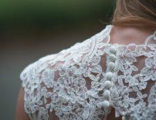 Свадебные платья в Сочи: пошаговое руководство по выбору наряда мечты для невесты в любой стилистике. Обзор лучших вариантов платьев с фото отзывами и рекомендациями